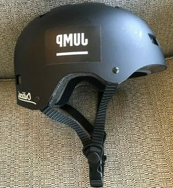 critical jump adult helmet in black size
