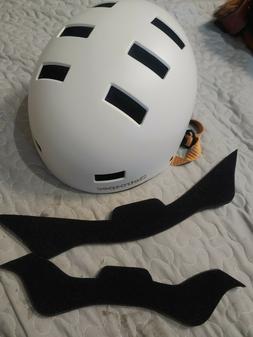 Retrospec Traverse H3 Youth Ski and Snowboard Helmet White 1